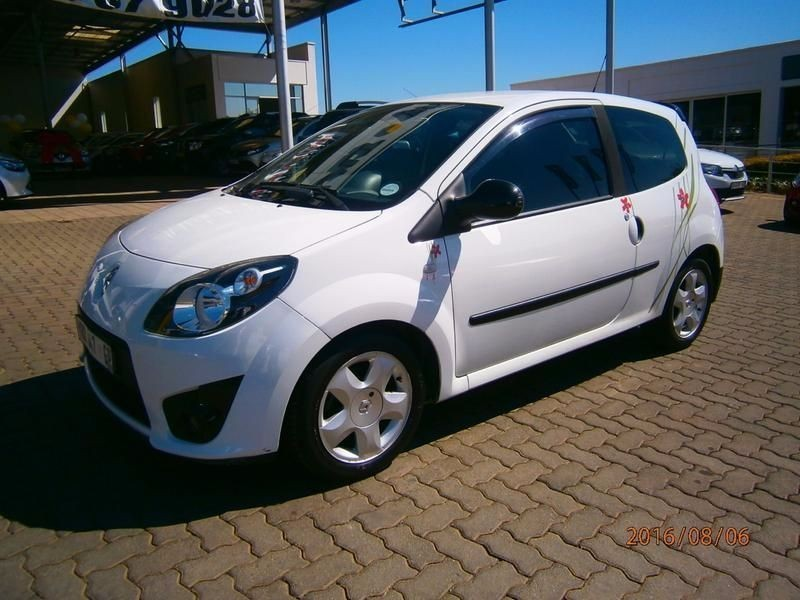 used renault twingo 1 2 dynamique plus for sale in gauteng id 1660919. Black Bedroom Furniture Sets. Home Design Ideas