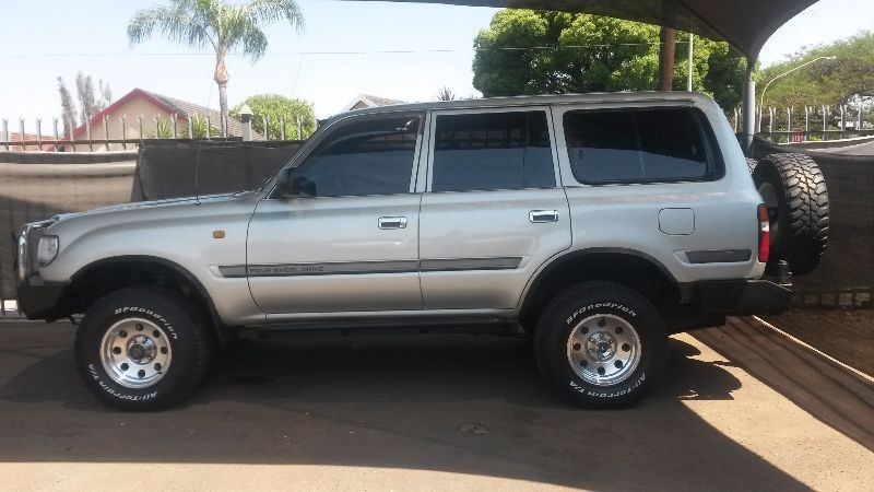 used toyota land cruiser s w p gx for sale in gauteng id 1663477. Black Bedroom Furniture Sets. Home Design Ideas