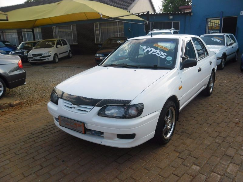used nissan sentra 160 si a c for sale in gauteng id 1670933. Black Bedroom Furniture Sets. Home Design Ideas