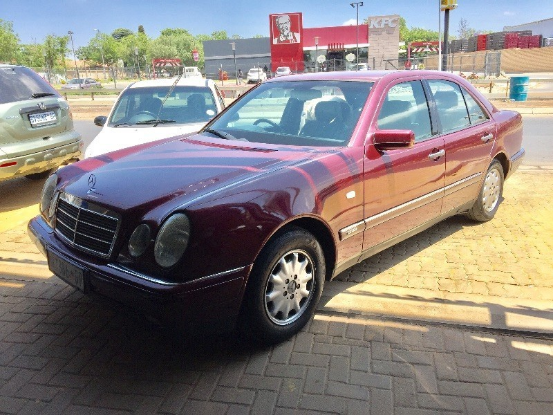 Used mercedes benz e class in house finance available for for 1997 mercedes benz e class