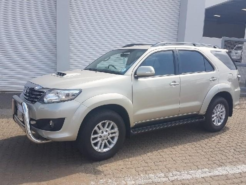 Used Toyota Fortuner 3.0d-4d 4x4 for sale in Gauteng - Cars.co.za (ID ...