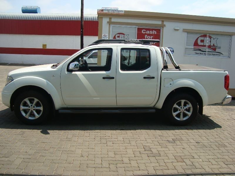 used nissan navara 4 0 v6 p u d c for sale in gauteng id 1679656. Black Bedroom Furniture Sets. Home Design Ideas