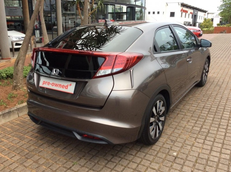 used honda civic 1 8 executive 5dr a t for sale in kwazulu natal id 1695554. Black Bedroom Furniture Sets. Home Design Ideas