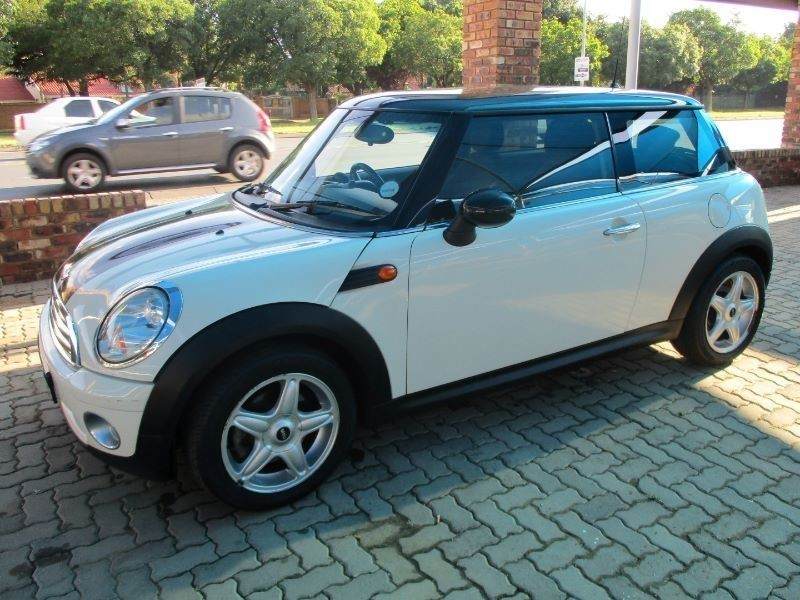 used mini cooper for sale in gauteng id 1697059. Black Bedroom Furniture Sets. Home Design Ideas