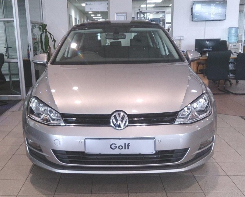 used volkswagen golf vii 1 2 tsi trendline for sale in gauteng id 1702918. Black Bedroom Furniture Sets. Home Design Ideas