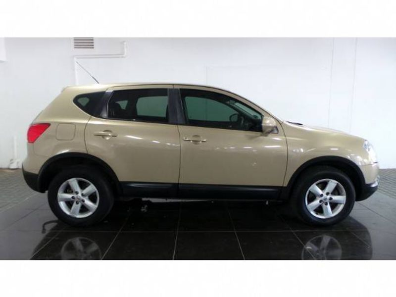 used nissan qashqai 2 0 dci acenta for sale in gauteng. Black Bedroom Furniture Sets. Home Design Ideas