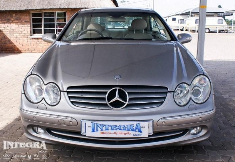 Used mercedes benz clk class clk 320 coupe a t for sale in for 2005 mercedes benz clk320 for sale