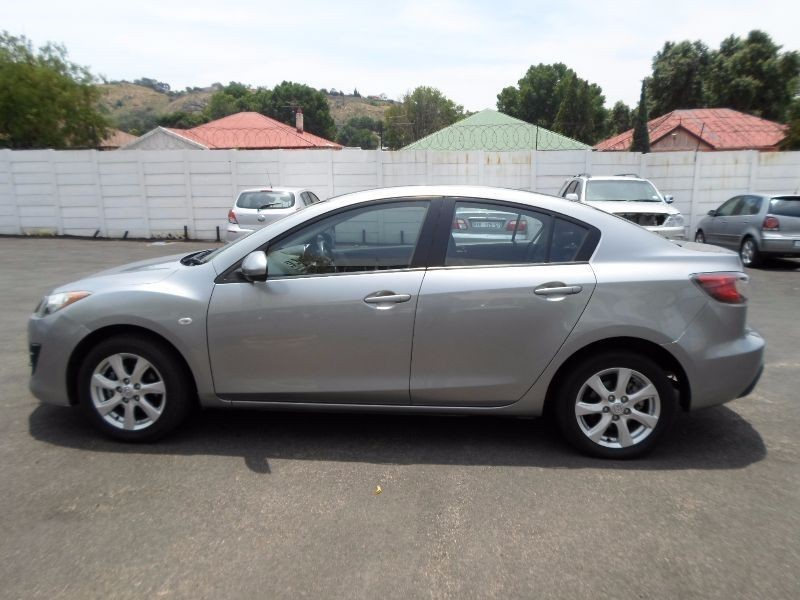 used mazda 3 1 6 for sale in gauteng id 1707840. Black Bedroom Furniture Sets. Home Design Ideas