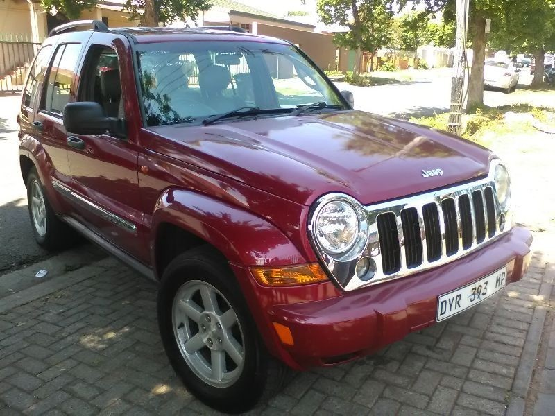 used jeep cherokee 2 4 longitude for sale in gauteng id 1709409. Black Bedroom Furniture Sets. Home Design Ideas