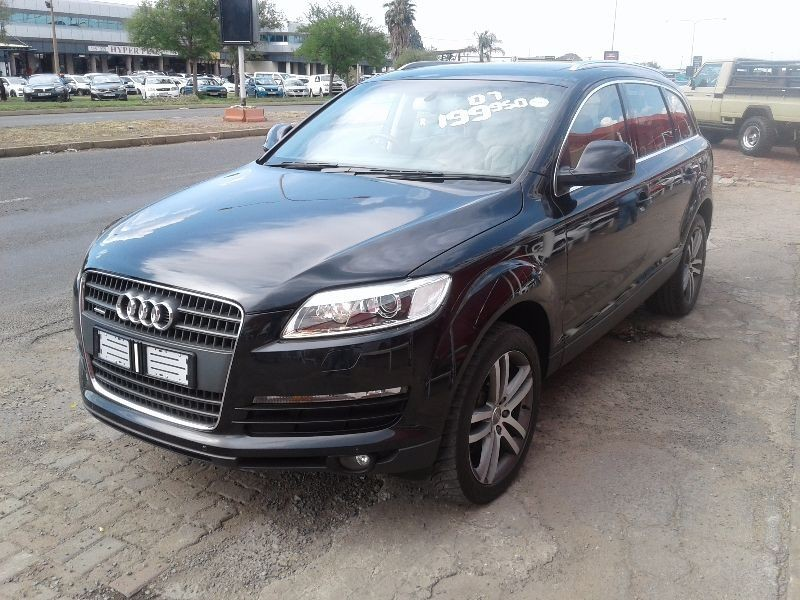 used audi q7 4 2 fsi v8 quattro tip for sale in gauteng id 1711433. Black Bedroom Furniture Sets. Home Design Ideas