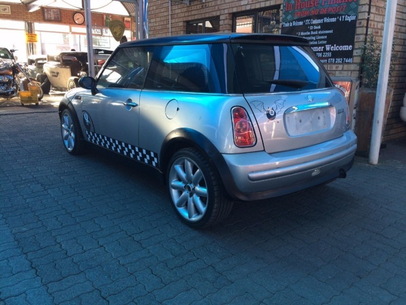 used mini cooper cvt a t for sale in north west province. Black Bedroom Furniture Sets. Home Design Ideas