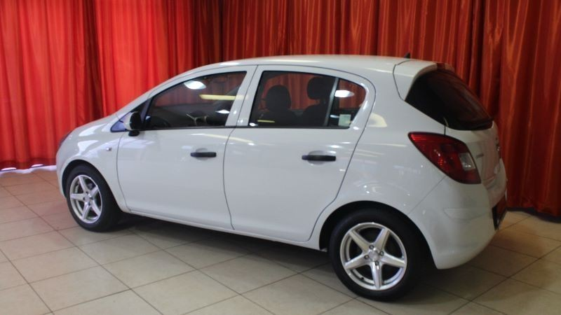 2010 Opel Corsa 5 door photo - 2