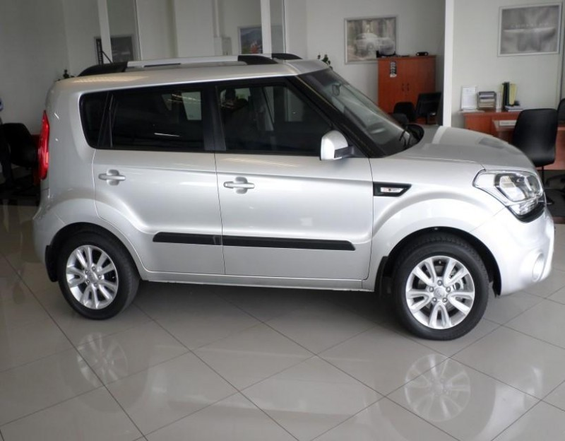 used kia soul 1 6 for sale in gauteng id. Black Bedroom Furniture Sets. Home Design Ideas
