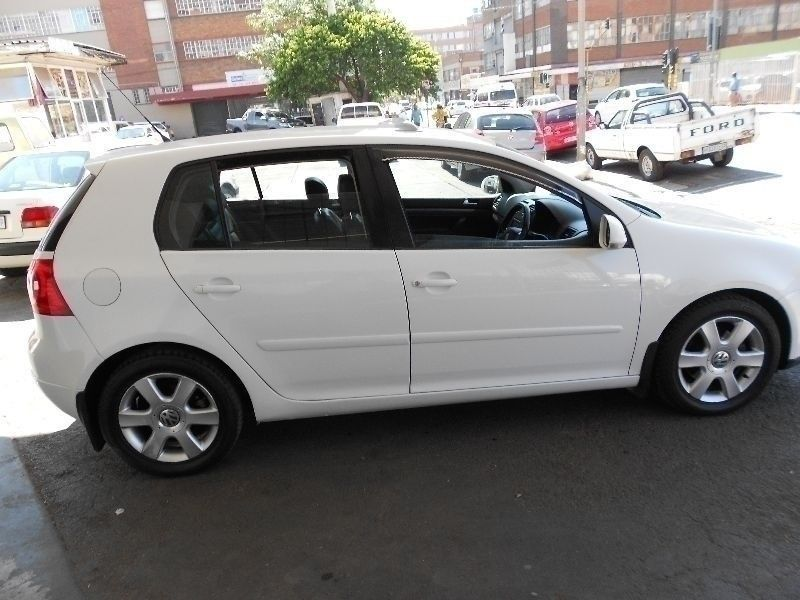 used volkswagen golf golf 5 2 0 comfortline for sale in gauteng id 1720337. Black Bedroom Furniture Sets. Home Design Ideas