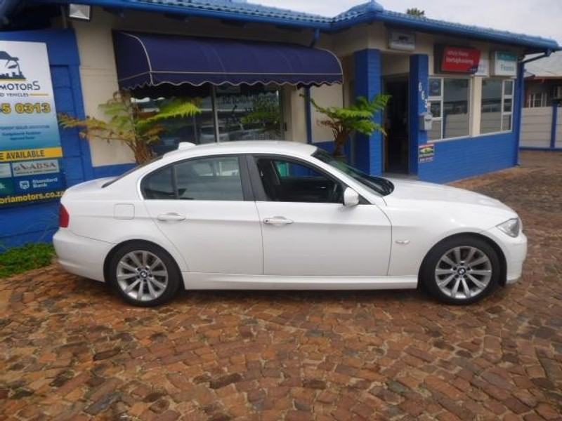used bmw 3 series 330i e90 for sale in gauteng id 1722795. Black Bedroom Furniture Sets. Home Design Ideas