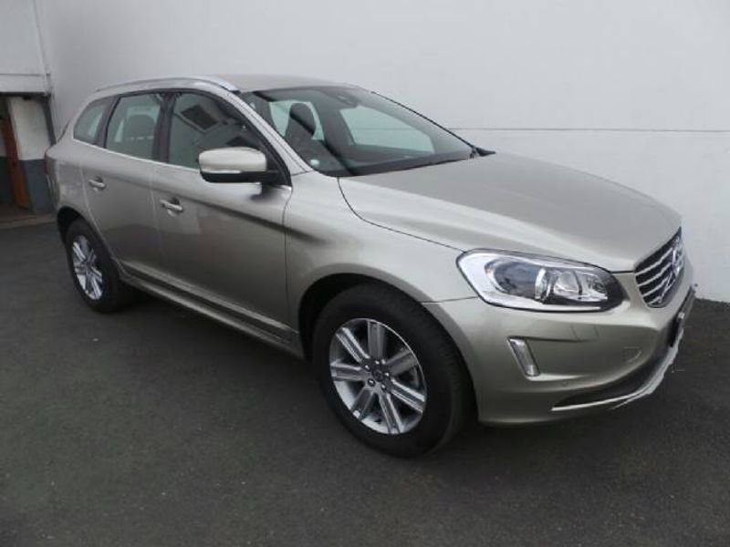used volvo xc60 d5 momentum geartronic awd for sale in gauteng id 1723732. Black Bedroom Furniture Sets. Home Design Ideas