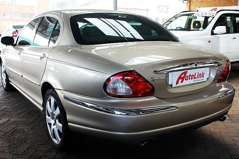 used jaguar x type 3 0 automatic for sale in western cape id 1723947. Black Bedroom Furniture Sets. Home Design Ideas