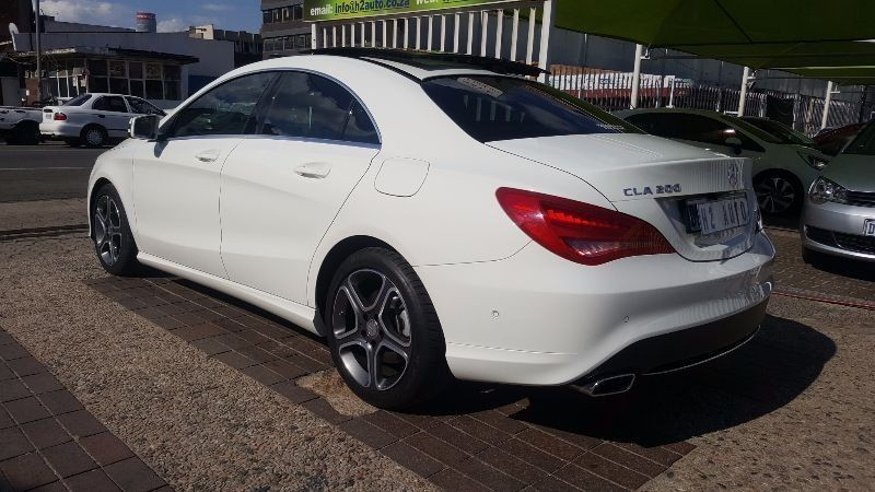 used mercedes benz cla class cla200 auto with panoramic. Black Bedroom Furniture Sets. Home Design Ideas