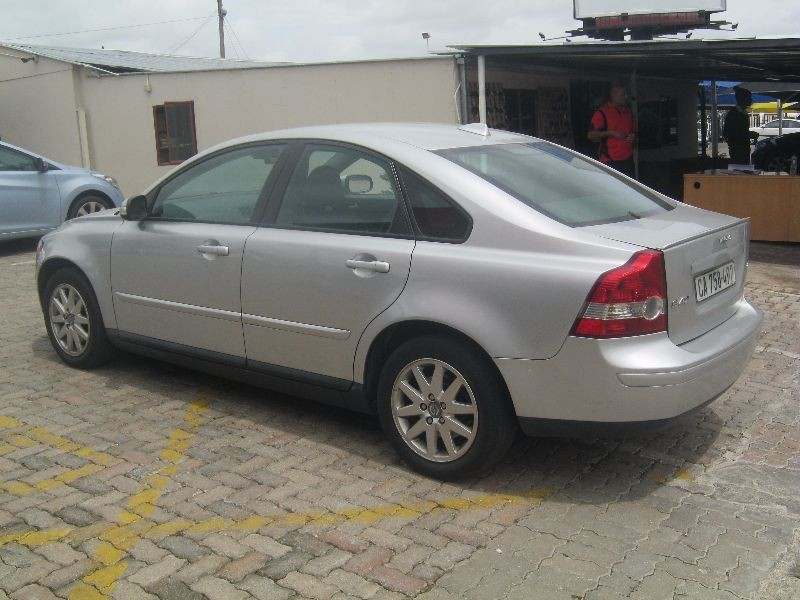 used volvo s40 a t for sale in gauteng. Black Bedroom Furniture Sets. Home Design Ideas