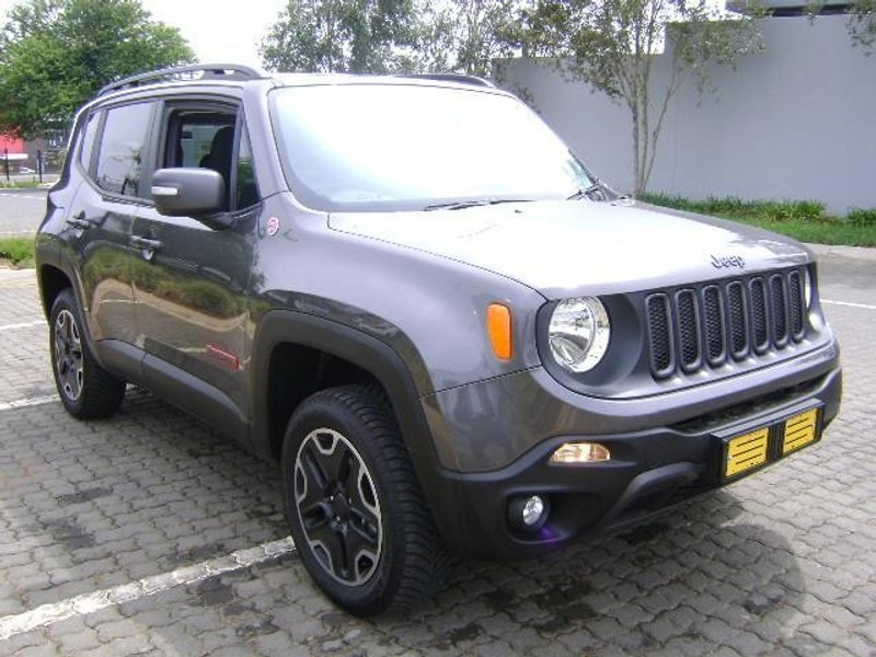 used jeep renegade 2 4 trailhawk auto for sale in gauteng id 1738872. Black Bedroom Furniture Sets. Home Design Ideas
