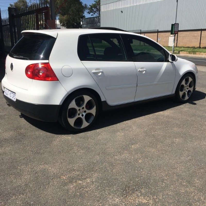 used volkswagen golf gti fsi for sale in gauteng id 1742699. Black Bedroom Furniture Sets. Home Design Ideas