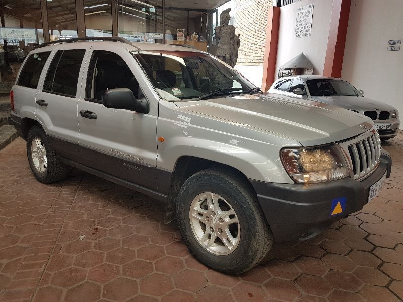 used jeep grand cherokee 4 7 v8 laredo for sale in gauteng id 1745590. Black Bedroom Furniture Sets. Home Design Ideas