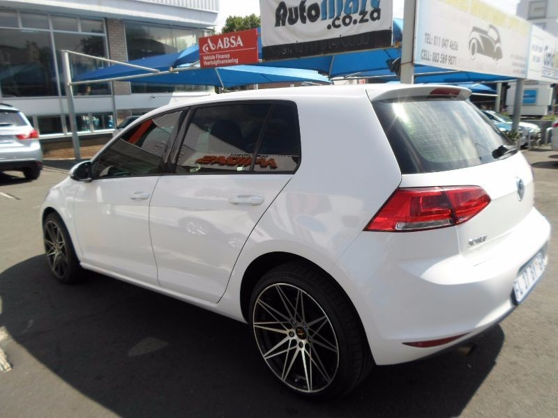 used volkswagen golf vii 1 2 tsi trendline for sale in gauteng id 1747118. Black Bedroom Furniture Sets. Home Design Ideas