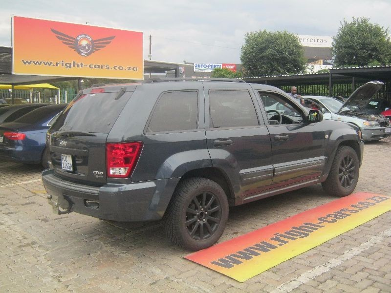used jeep grand cherokee 3 0 crd laredo for sale in gauteng. Black Bedroom Furniture Sets. Home Design Ideas