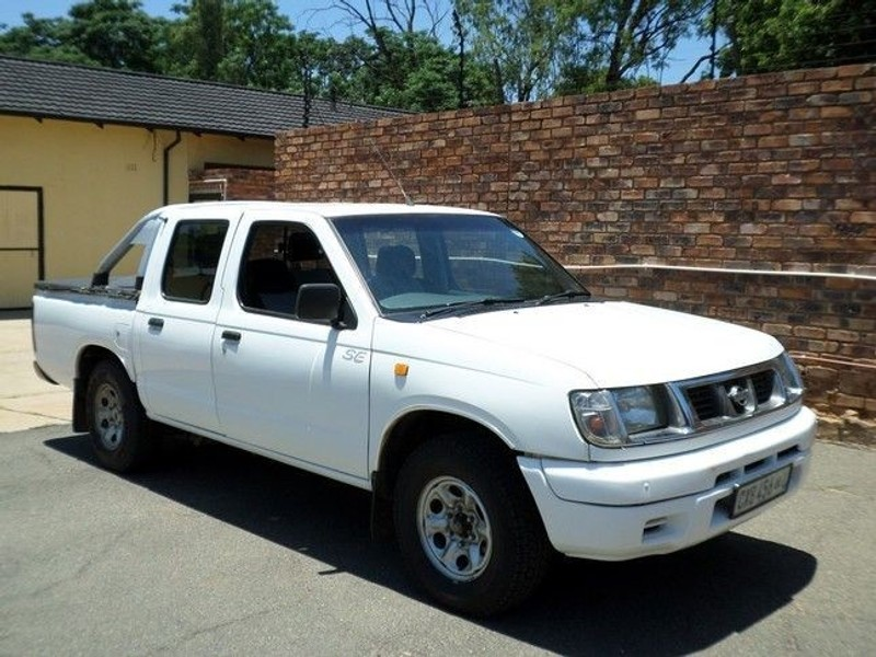 used nissan hardbody se p u d c for sale in gauteng. Black Bedroom Furniture Sets. Home Design Ideas