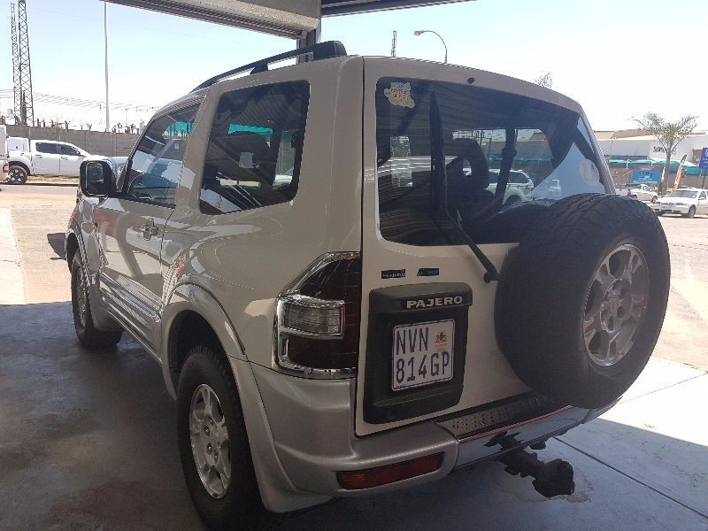 awesome 2002 mitsubishi pajero swb 3 2 d id 4x4 bryanston co za used mitsubishi pajero 3200 di d gls swb for in 444