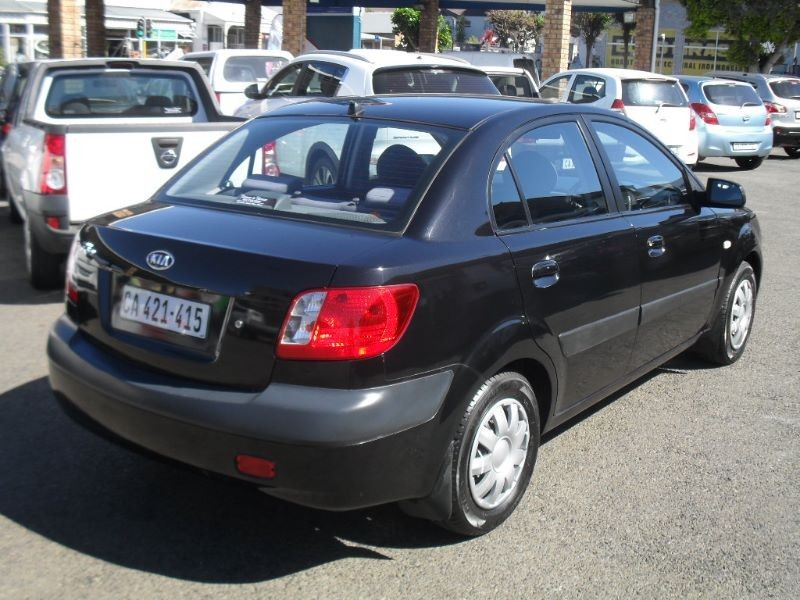 used kia rio 1 4 a t 4dr for sale in western cape cars. Black Bedroom Furniture Sets. Home Design Ideas