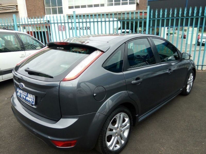 used ford focus built tough for sale in gauteng id 1758702. Black Bedroom Furniture Sets. Home Design Ideas