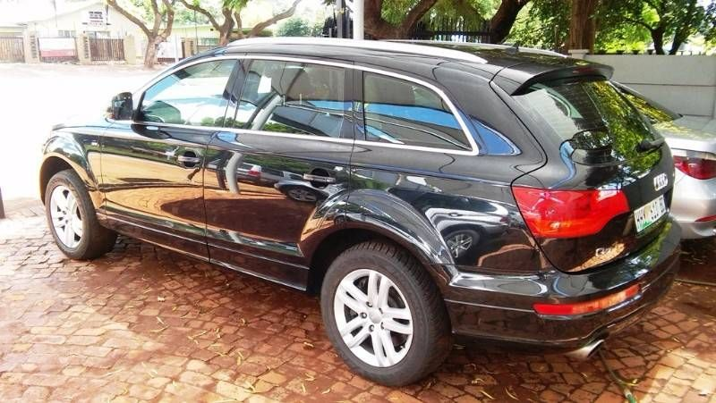 used audi q7 4 2 fsi v8 quattro tip for sale in gauteng id 1761399. Black Bedroom Furniture Sets. Home Design Ideas