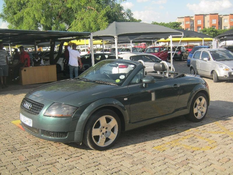 used audi tt roadster quattro for sale in gauteng id 1764377. Black Bedroom Furniture Sets. Home Design Ideas