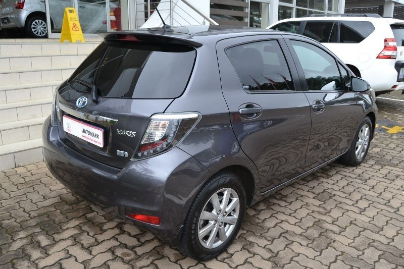 used toyota yaris 1 5 hsd xr 5dr hybrid for sale in kwazulu natal id 1764883. Black Bedroom Furniture Sets. Home Design Ideas