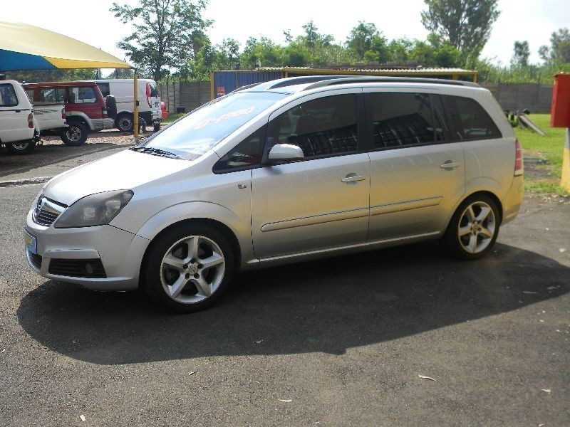 used opel zafira 1 9 cdti elegance panoram for sale in gauteng id 1772528. Black Bedroom Furniture Sets. Home Design Ideas