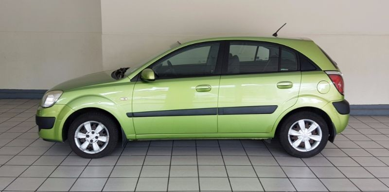 used kia rio 1 4 high 5dr for sale in western cape id 1774706. Black Bedroom Furniture Sets. Home Design Ideas