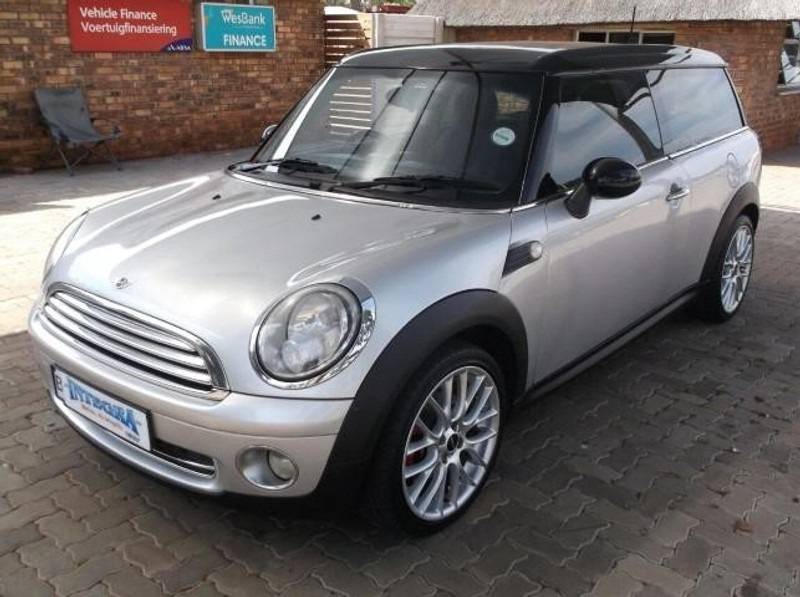 used mini cooper clubman for sale in gauteng id 1776369. Black Bedroom Furniture Sets. Home Design Ideas