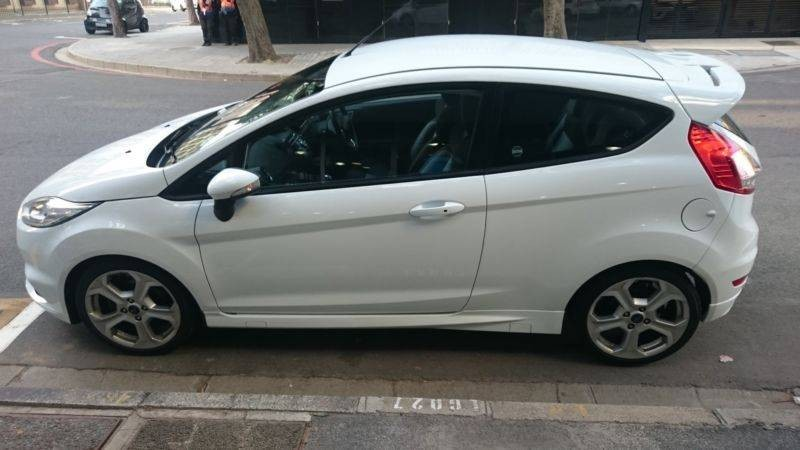 used ford fiesta st 1 6 ecoboost gdti for sale in western cape id 1776730. Black Bedroom Furniture Sets. Home Design Ideas