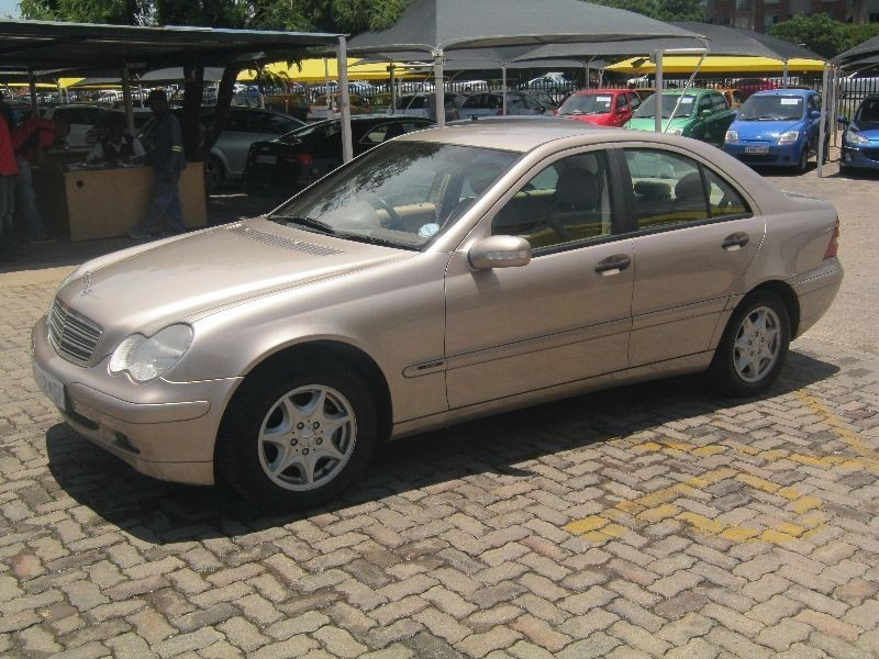 Used Mercedes Benz C Class C 180 Classic For Sale In