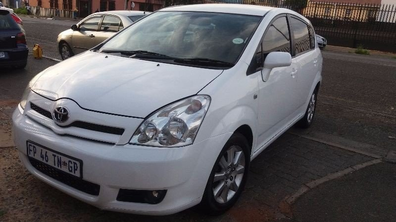 used toyota corolla verso 1800 for sale in gauteng cars. Black Bedroom Furniture Sets. Home Design Ideas