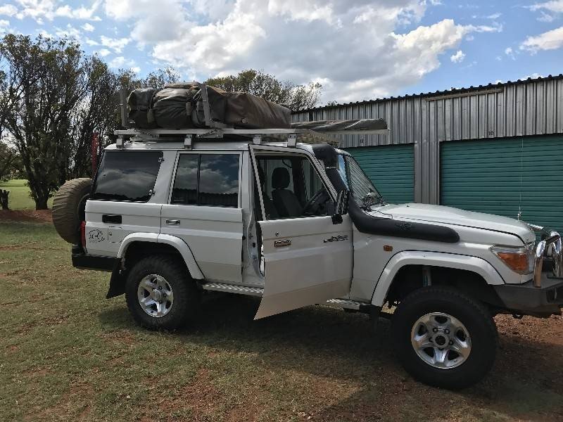 used toyota land cruiser 70 s w for sale in gauteng id 1782953. Black Bedroom Furniture Sets. Home Design Ideas