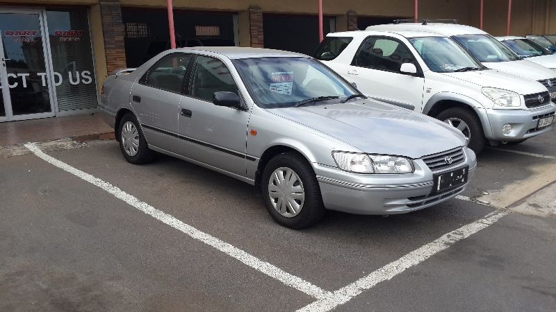 used toyota camry 220 gl for sale in western cape id 1783560. Black Bedroom Furniture Sets. Home Design Ideas