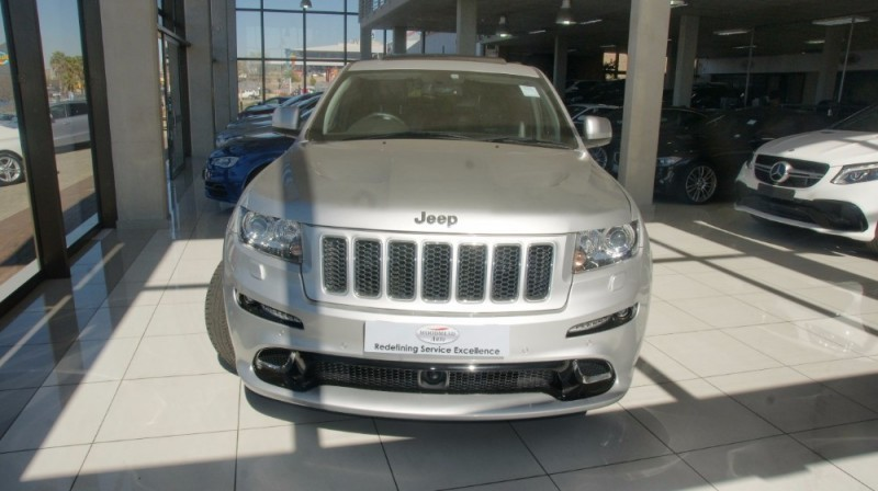 used jeep grand cherokee srt 8 for sale in gauteng cars. Black Bedroom Furniture Sets. Home Design Ideas