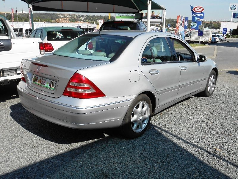 Used mercedes benz c class c 320 elegance a t for sale in for Mercedes benz c class 320