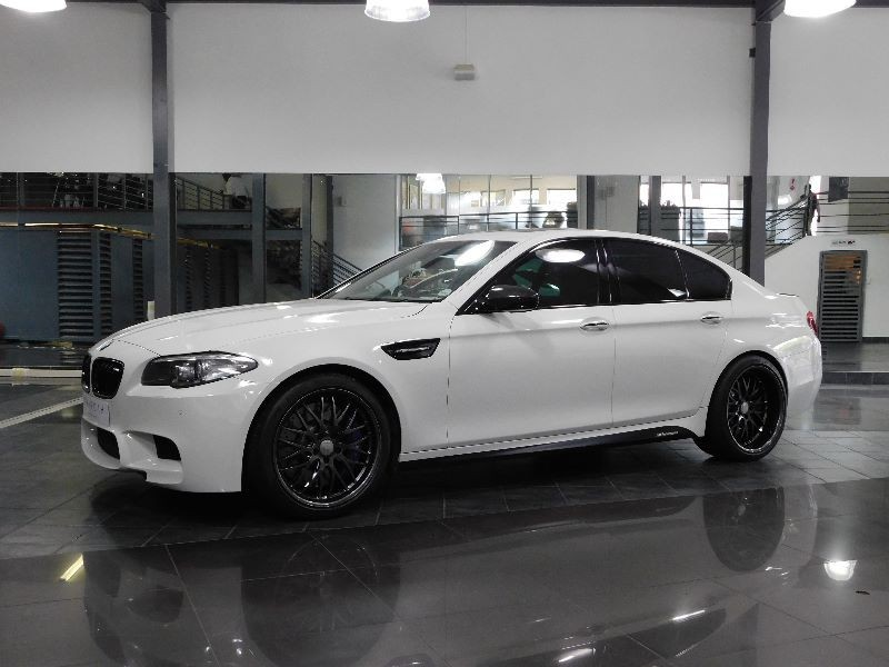 used bmw m5 m5 m dct for sale in gauteng id 1796584. Black Bedroom Furniture Sets. Home Design Ideas