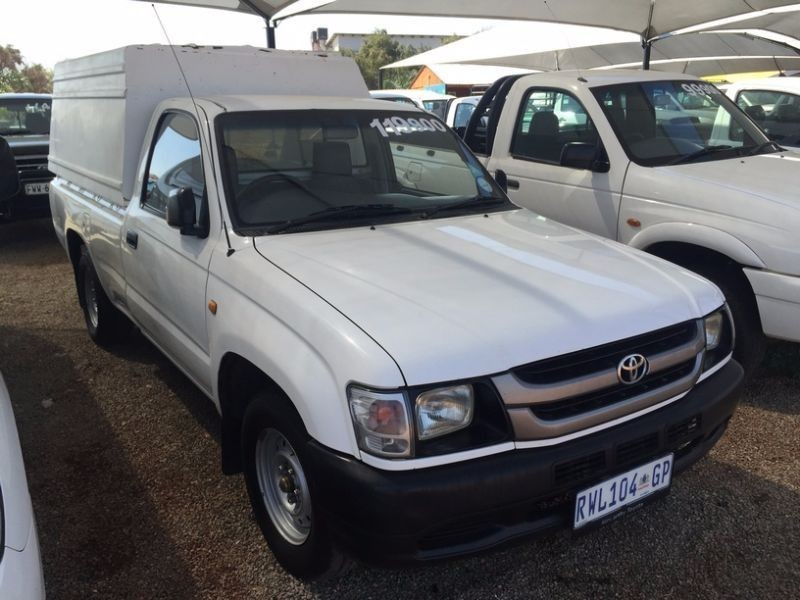 Used Toyota Hilux 2000 Lwb Closed Canopy For Sale In