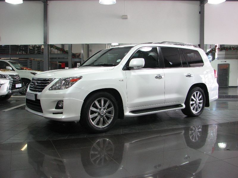 used lexus lx 570 for sale in gauteng id 1811213. Black Bedroom Furniture Sets. Home Design Ideas