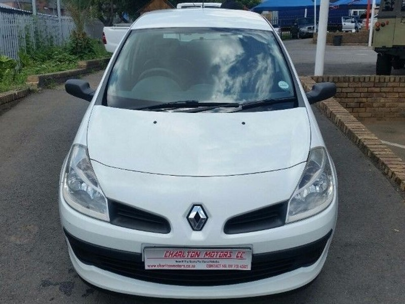 used renault clio iii 1 4 expression 5dr for sale in gauteng id 1811215. Black Bedroom Furniture Sets. Home Design Ideas