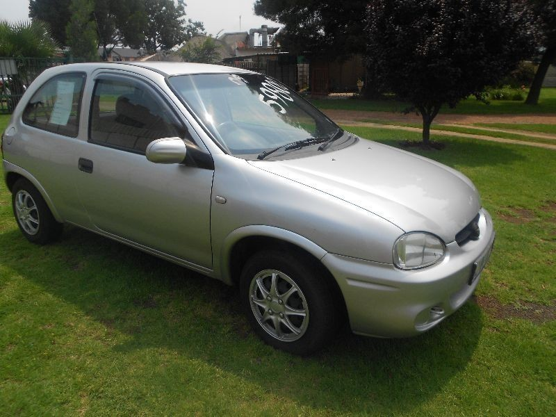 used opel corsa lite for sale in gauteng id. Black Bedroom Furniture Sets. Home Design Ideas